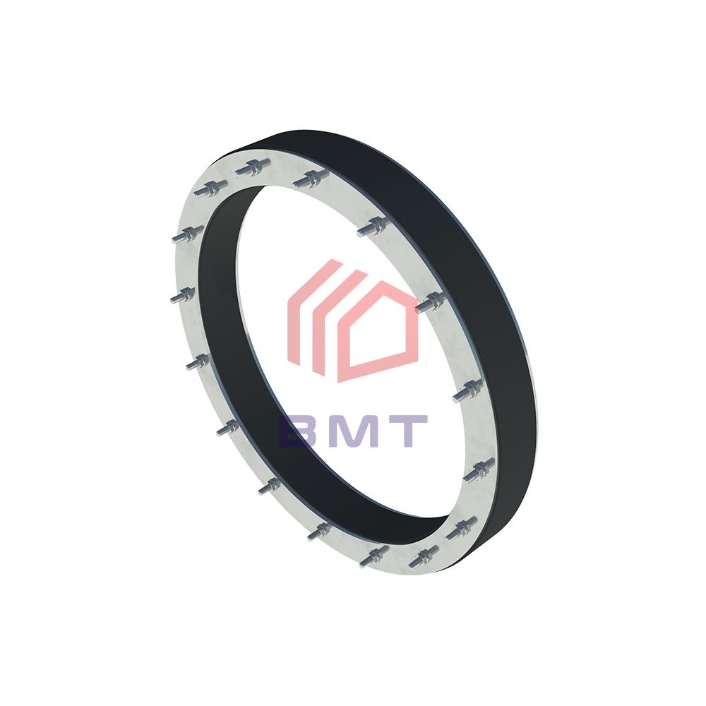 Уплотнительная вставка ВМТ для гидроизоляции ввода трубы в здание.